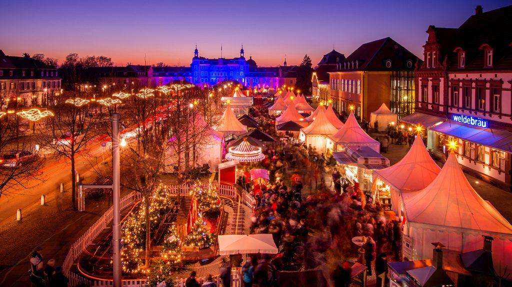 Weihnachtsmarkt Schwetzingen.8 Kurfürstlicher Weihnachtsmarkt Am Schlossplatz Schwetzingen